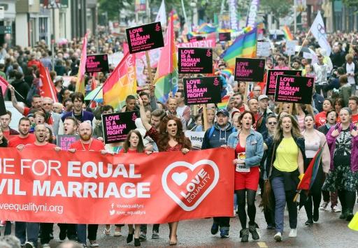 Avortement, mariage gay: à Belfast, on espère un changement