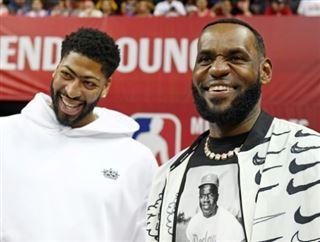 Basket- Nike empêche LeBron James de donner son N.23 à Anthony Davis