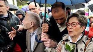 Les obsèques de Vincent Lambert ont eu lieu: tous les membres de la famille, profondément divisée, étaient là