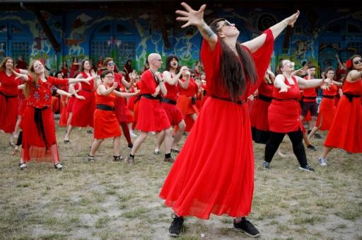 De Sydney à Berlin, des flashmobs pour célébrer