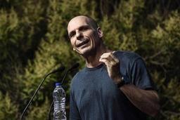 Un contrôle de police à Roissy fait sortir de ses gonds l'ex-ministre grec Varoufakis