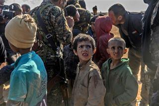 Libérés de l'EI, les enfants de minorités d'Irak seuls face à leurs démons