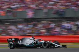 Lewis Hamilton remporte le GP de Grande-Bretagne pour la sixième fois, nouveau record