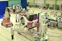 L'Inde interrompt le lancement de la mission lunaire à cause d'un