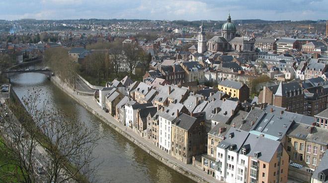 Namur: un jeune homme violemment frappé par trois autres dans le centre ce week-end