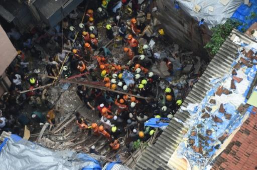Inde : quatre morts, douze disparus dans l'effondrement d'un bâtiment à Bombay