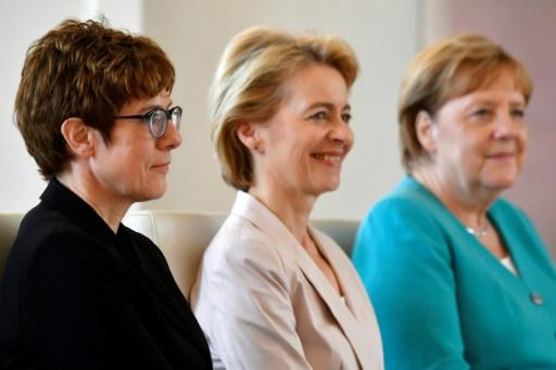 Allemagne : la dauphine de Merkel à la Défense, une promotion