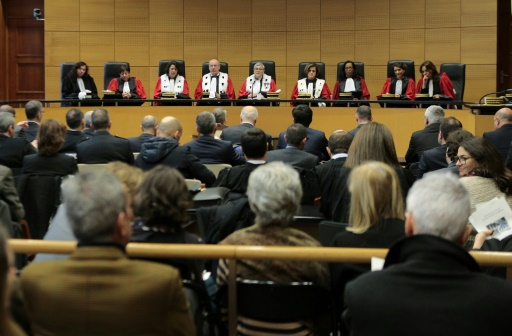 Corse: rare suspension d'une juge qui échangeait avec un témoin assisté