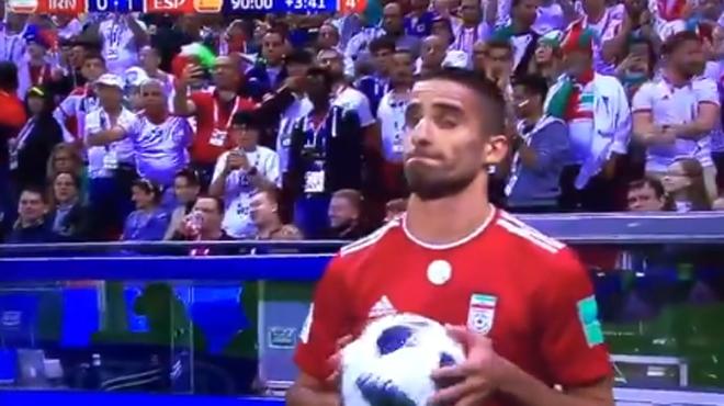 La Gantoise recrute le joueur qui avait tenté une roulade en plein match de Coupe du Monde (vidéo)