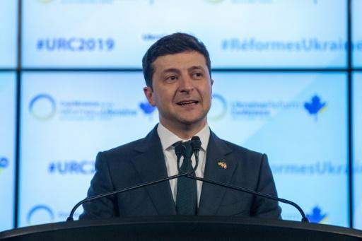 Législatives en Ukraine: Zelensky savoure d'avance sa victoire