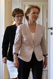 Etat de droit: Ursula von der Leyen joue la carte de la prudence face aux pays de l'Est