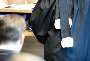 Un couple gay incarcéré en Flandre pour des rapports sexuels avec un ado de 16 ans