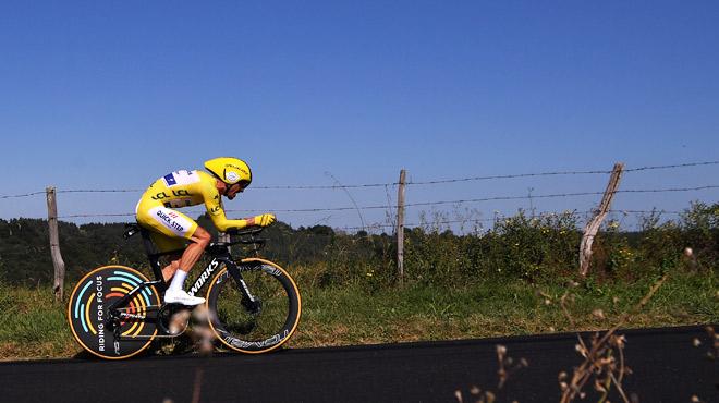 Tour de France: Alaphilippe remporte le contre-la-montre et conforte son maillot jaune