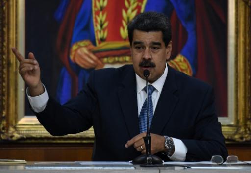 Venezuela: Maduro rejette le