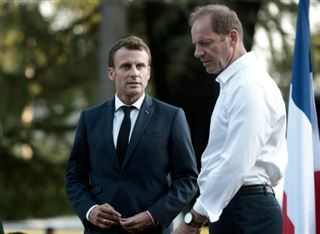 Tour de France- voyage en haute altitude sous l'oeil de Macron
