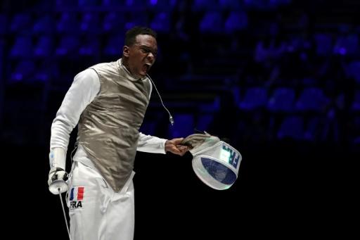 Mondiaux d'escrime: Enzo Lefort au fleuret apporte la deuxième médaille à la France