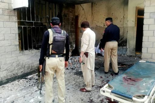 Pakistan: une kamikaze se fait exploser et tue six personnes