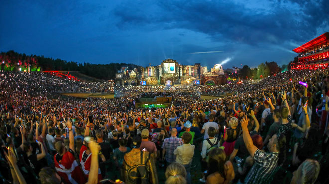 Drogue et accidents à Tomorrowland: bilan d'un mort et 2 festivaliers toujours aux soins intensifs