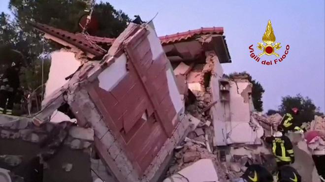 Un immeuble de deux étages explose en Italie: un homme décédé, son épouse portée disparue