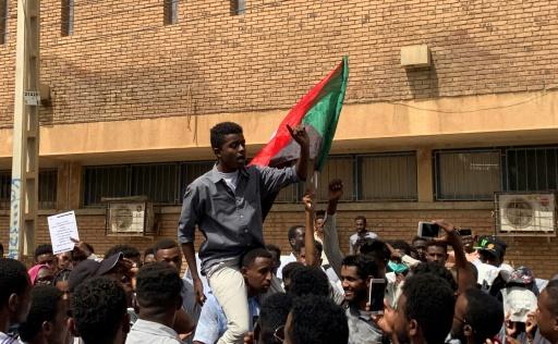 Soudan: des centaines d'étudiants réclament justice pour leurs camarades tués