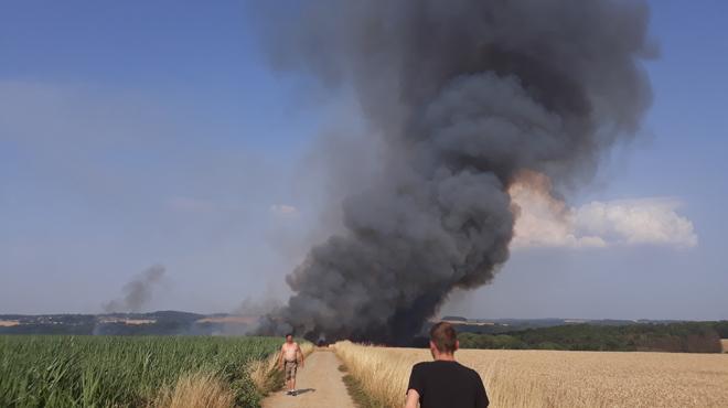 IMPRESSIONNANT incendie à Falmagne: