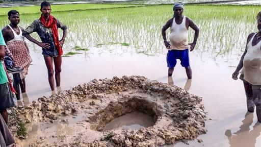 Inde: des villageois surpris par la chute d'une possible météorite