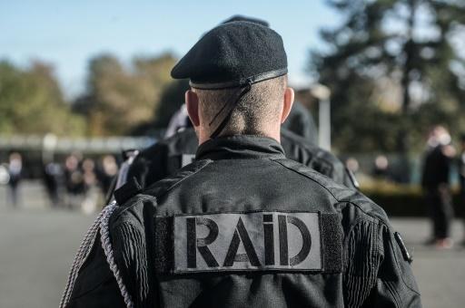 Quimper: le RAID appelé en renfort pour un homme, qui se trouvait en fait... au commissariat