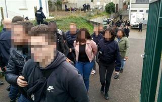 Interpellation de lycéens à Mantes-la-Jolie- l'enquête classée sans suite par le parquet