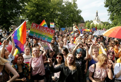 Pologne: les milieux LGBT réclament une table ronde sur leurs droits