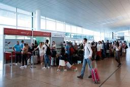 Grève et orages ont provoqué le chaos à Barcelone et son aéroport
