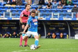 Les Belges à l'étranger - Mertens et Naples refilent trois buts à Mignolet et Liverpool