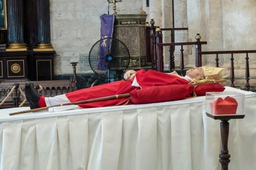 Des officiels cubains assistent aux funérailles du cardinal Ortega