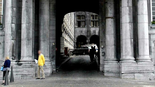 Liège: une personne s'immole par le feu dans la cour du Palais des Princes Évêques