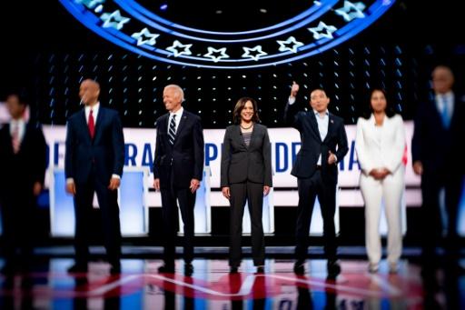 Débats démocrates: Biden conforté, une aile gauche solide