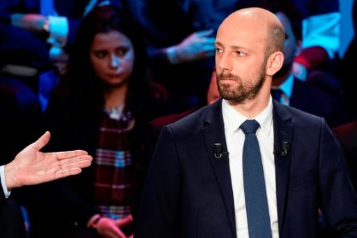 LREM : une permanence taguée à Paris, une autre murée à Toulouse