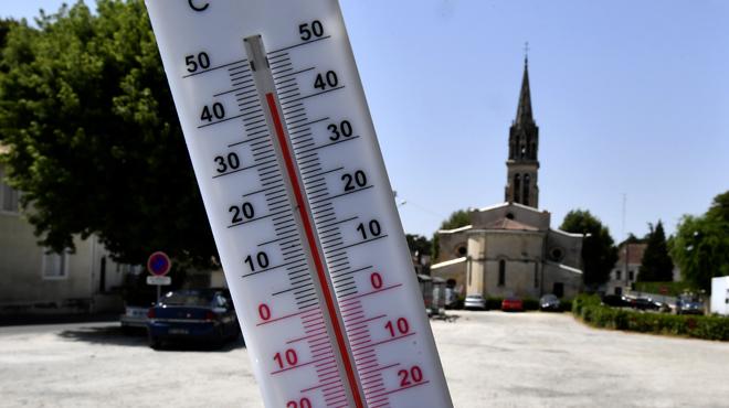 La canicule de juillet plus forte de 1,5 à 3°C: des experts expliquent l'impact du réchauffement climatique