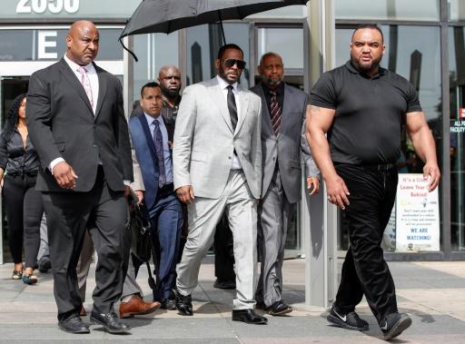 R. Kelly plaide non coupable dans un deuxième dossier et reste en prison