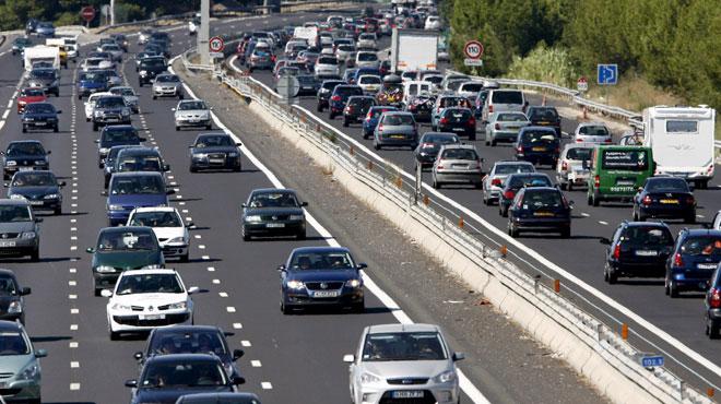 C'est le plus gros chassé-croisé de l'été: un samedi NOIR sur les routes françaises, de gros embouteillages observés dès l'aube