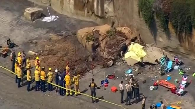 Une falaise s'effondre sur une plage en Californie et fait 3 morts