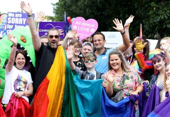 A Belfast, une Marche des Fiertés portée par la promesse du mariage pour tous