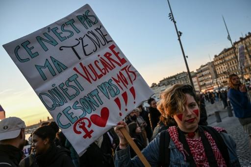 Harcèlement de rue: les associations féministes tirent un bilan mitigé