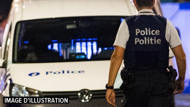 Bagarre et coups de couteau à Bruxelles: deux personnes emmenées à l'hôpital