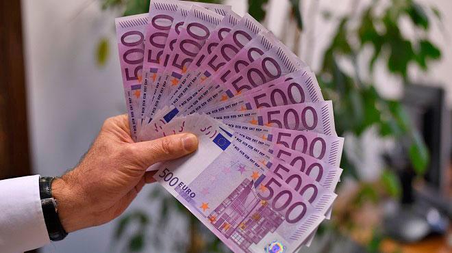 Les Belges restent fidèles aux comptes épargnes: une somme colossale dort sur ces comptes