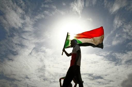 Le Soudan évite le chaos grâce à un accord