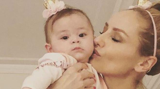 Adriana Karembeu accro à sa fille: