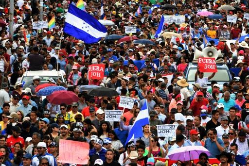 Honduras: nouvelle journée de mobilisation des pro et anti-Hernandez