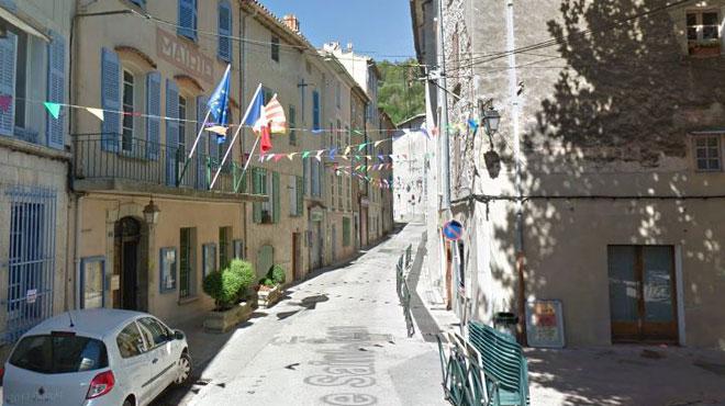 En France, un maire tué en voulant empêcher une camionnette de jeter des gravats