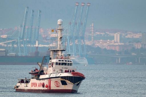L'Open Arms refusé à Malte, proche de l'Italie mais Salvini lui interdit l'entrée
