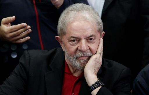 Brésil: Lula sera transféré dans une prison de Sao Paulo