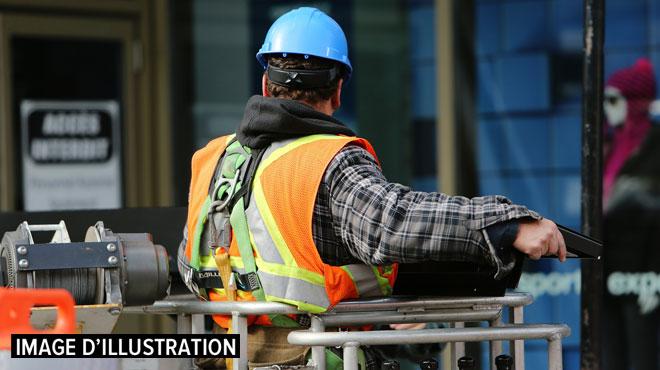 Pris au piège dans un malaxeur de caoutchouc en marche à Frameries: un ouvrier a été sérieusement blessé à la jambe